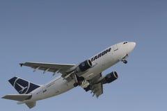 Linha aérea nacional romena Tarom, Airbus A310 Imagens de Stock Royalty Free