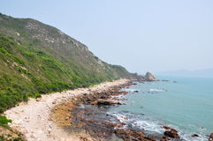 Linha bonita da costa Fotos de Stock Royalty Free