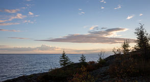 Linha costeira dos grandes lagos em Dawn Light Imagens de Stock Royalty Free