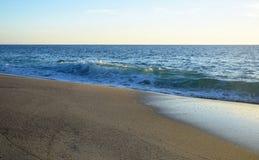 Linha costeira na praia ocidental no Laguna Beach sul, Califórnia da rua Foto de Stock Royalty Free