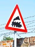 Linha cruzamento do trem - sinal de estrada Foto de Stock Royalty Free