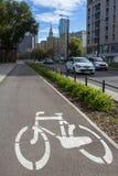 Linha da bicicleta na rua Fotos de Stock Royalty Free