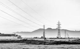 Linha da transmissão tower Fotografia de Stock Royalty Free