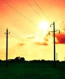 Linha de alta tensão elétrica. Foto de Stock
