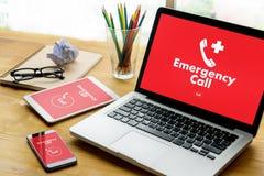 Linha de apoio ao cliente acidental urgente do serviço do centro de atendimento da emergência médica Foto de Stock