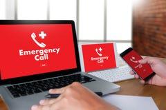 Linha de apoio ao cliente acidental urgente do serviço do centro de atendimento da emergência médica Fotos de Stock