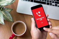 Linha de apoio ao cliente acidental urgente do serviço do centro de atendimento da emergência médica Foto de Stock Royalty Free