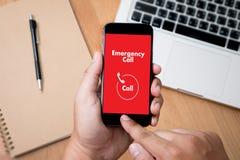 Linha de apoio ao cliente acidental urgente do serviço do centro de atendimento da emergência médica Fotografia de Stock Royalty Free