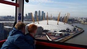 Linha de ar dos emirados de Londres em março - Imagem de Stock