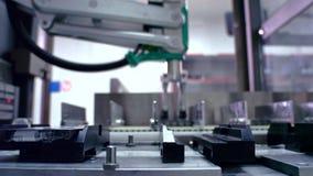 Linha de empacotamento farmacêutico Fabricação da medicina na planta farmacêutica vídeos de arquivo