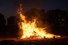 Linha de fogo no fundo preto Fotos de Stock