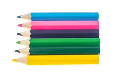 Linha de lápis coloridos no fundo branco Fotos de Stock Royalty Free