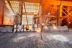 Linha de produção derretida da fornalha de fundição do ferro das fresas de aço Fotos de Stock Royalty Free