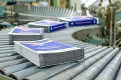 Linha de revestimento máquina da imprensa do cargo Foto de Stock