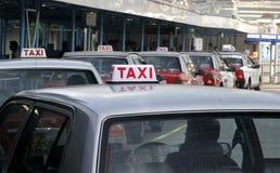 Linha do táxi Imagens de Stock Royalty Free