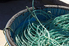 Linha e ganchos de pesca fotografia de stock