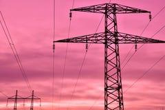 Linha elétrica no por do sol fotos de stock royalty free
