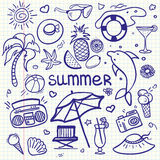 Linha esboçado grupo do vetor dos desenhos animados da garatuja da arte dos objetos e dos símbolos por férias de verão ilustração stock