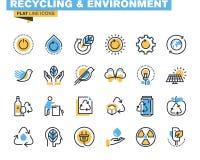Linha lisa ícones ajustados de reciclar o tema Imagens de Stock Royalty Free
