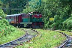 A linha principal estrada de trilho em Sri Lanka fotografia de stock royalty free