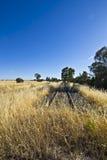 Linha railway velha perto de Parkes, Novo Gales do Sul fotografia de stock