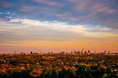 Linha vívida do horizonte das cores de Austin City Skyline Golden Hour do cinturão verde Foto de Stock Royalty Free