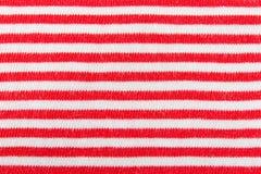 Linha vermelha e branca horizontal vagabundos de confecção de malhas do teste padrão da textura da tela Fotografia de Stock Royalty Free