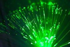 Linhas óticas das luzes verdes Fotografia de Stock