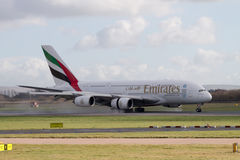 Linhas aéreas Airbus A380 dos emirados fotos de stock royalty free