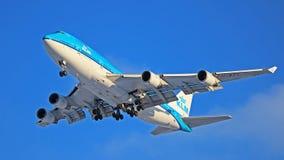 Linhas aéreas Boeing de KLM Royal Dutch 747-400 PH-BFL fotografia de stock