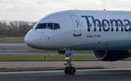 Linhas aéreas Boeing 757-200 de ThomasCook Fotografia de Stock Royalty Free
