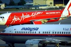 Linhas aéreas de Air Asia e de Malaysia Imagem de Stock Royalty Free