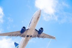 Linhas aéreas de Boeing 737-86N VQ-BIZ Yakutia imagem de stock