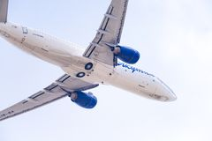 Linhas aéreas de Boeing 737-86N VQ-BIZ Yakutia fotos de stock royalty free