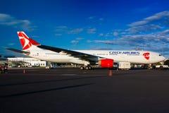 Linhas aéreas de A330 Checo Imagens de Stock