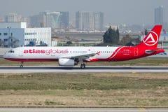 Linhas aéreas de TC-EUM AtlasGlobal, Airbus A321-211 Fotografia de Stock