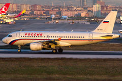 Linhas aéreas de VQ-BAQ Rossiya, Airbus A319-112 Fotos de Stock Royalty Free
