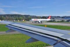 Linhas aéreas internacionais suíças. Airbus 320 Imagem de Stock Royalty Free