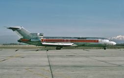 Linhas aéreas ocidentais Boeing B-727 após outro voo a Salt Lake City, Utá Fotos de Stock Royalty Free