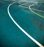 Linhas brancas no campo azul de Futsal Linha de limites em Futsal fotografia de stock royalty free