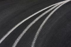 Linhas convergentes no quadro-negro Imagem de Stock
