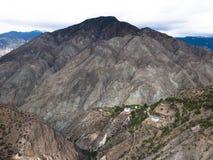 Linhas da montanha de Brown Fotografia de Stock Royalty Free