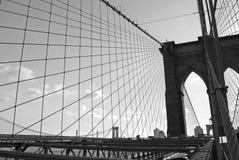 Linhas da ponte de Brooklyn imagens de stock royalty free