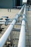 Linhas da tubulação com válvula Imagem de Stock Royalty Free