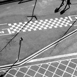 Linhas do asfalto da cidade e opinião aérea da sombra Imagem de Stock