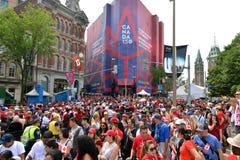 Linhas do controlo de segurança para o dia de Canadá em Ottawa Imagem de Stock
