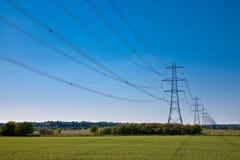 Linhas eléctricas à infinidade Fotos de Stock