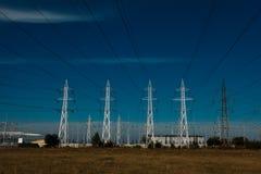 Linhas eléctricas de alta tensão Fotografia de Stock