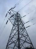 Linhas eléctricas elétricas de alta tensão Imagem de Stock