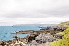 Linia brzegowa i plaża przy północą Szkocja zdjęcie royalty free